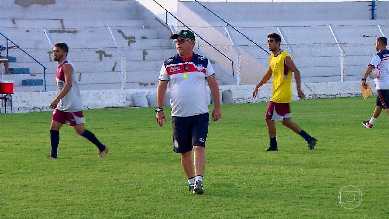 Afogados-PE vai para segundo ano na elite do Estadual com técnico Pedro  Manta 3d6732cc3af31