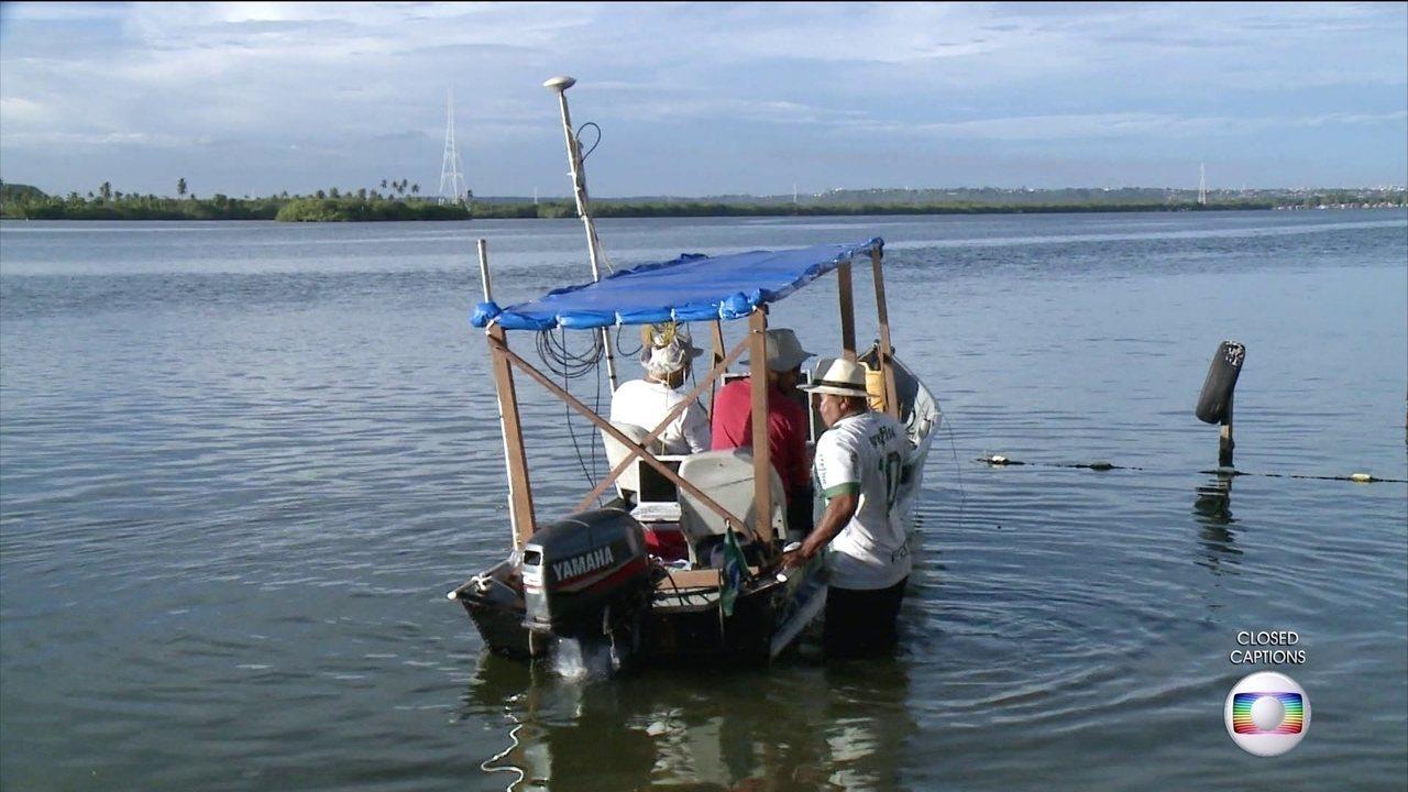 Geólogos mapeiam lagoa perto de bairro que está afundando em Maceió