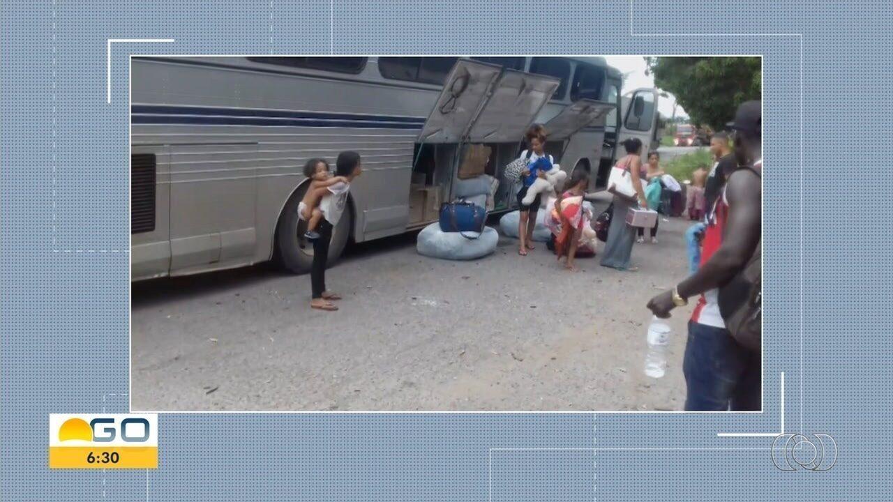 Ônibus clandestino com produtos sem notas fiscais é apreendido na BR-153, Porangatu