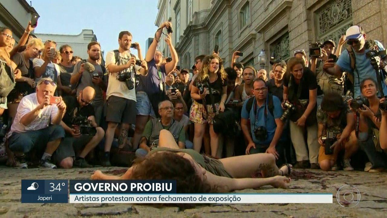 Artistas protestam contra proibição de exposição no Centro do Rio