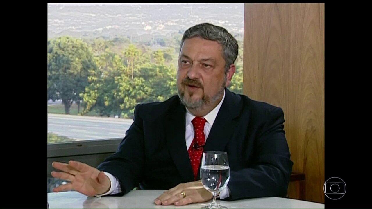 """""""Dilma deu corda para aprofundar investigações e implicar Lula"""", diz Palocci"""