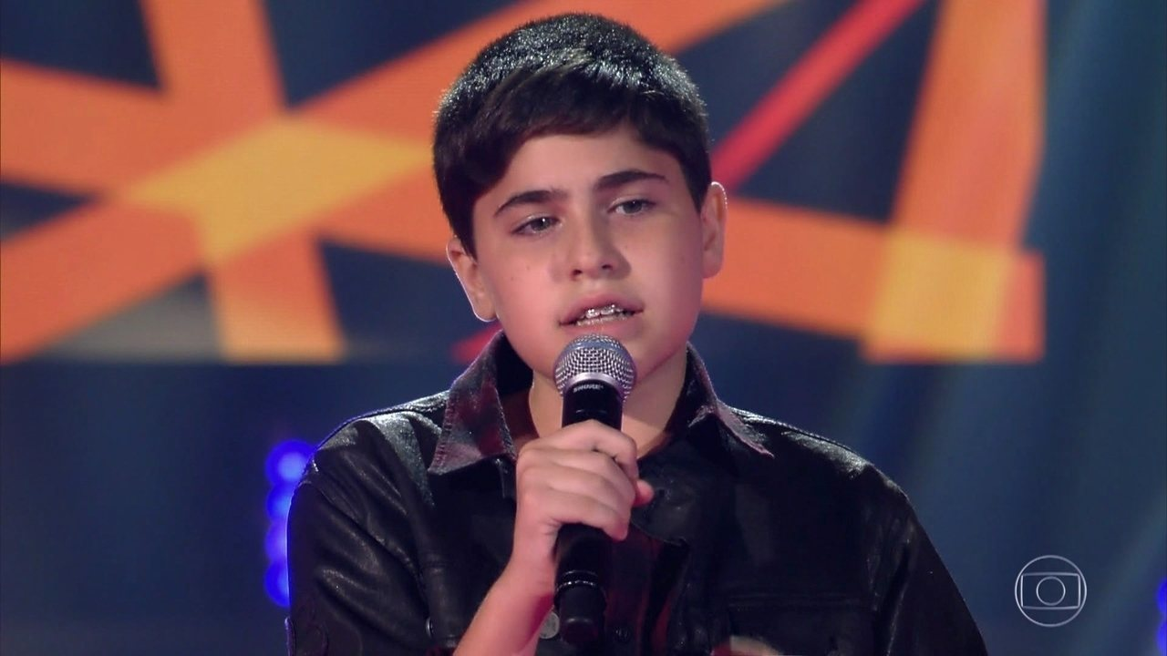 "Rodrigo Seligmann canta ""Can't Help Falling In Love"" no The Voice Kids de 20/01/2019"