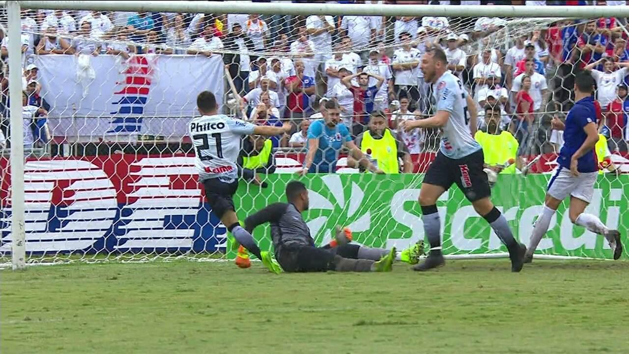 Dione marca o gol da vitória do Operário-PR sobre o Paraná, na estreia do Paranaense