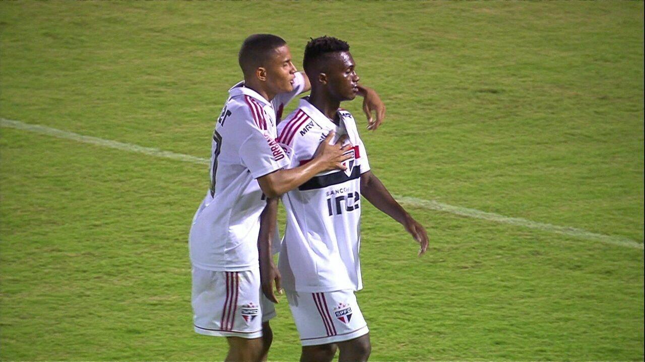 Veja gol de Vitinho na Copa São Paulo do ano passado