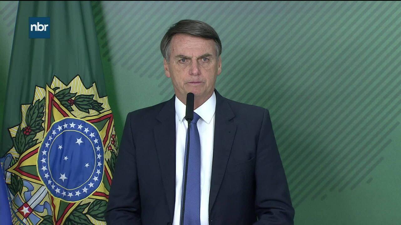 Bolsonaro se pronuncia sobre rompimento de barragens em Sobradinho (MG)