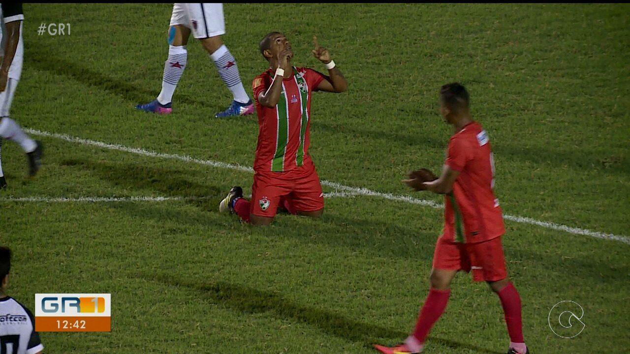 Guilherme Lucena faz golaço de falta no empate contra o Botafogo-PB