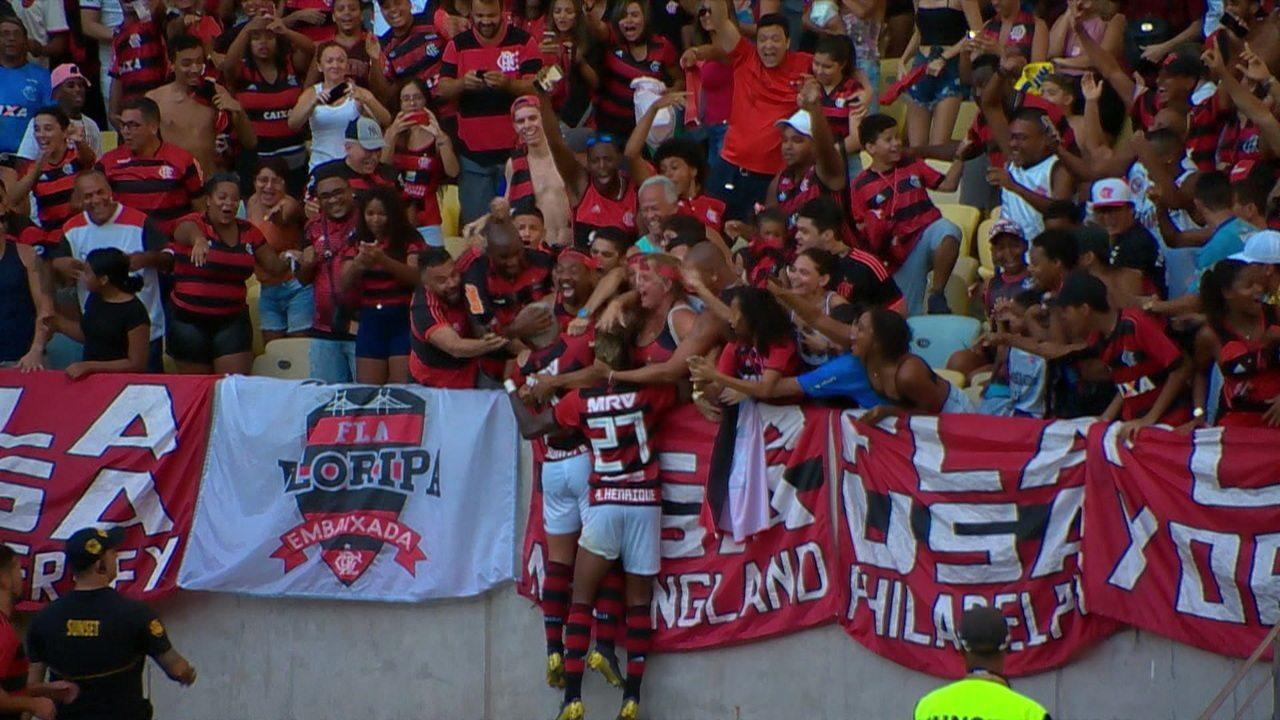 Gol do Flamengo! Em contra ataque rápido, Gabigol toca para Bruno Henrique que amplia, aos 47 do 2º tempo