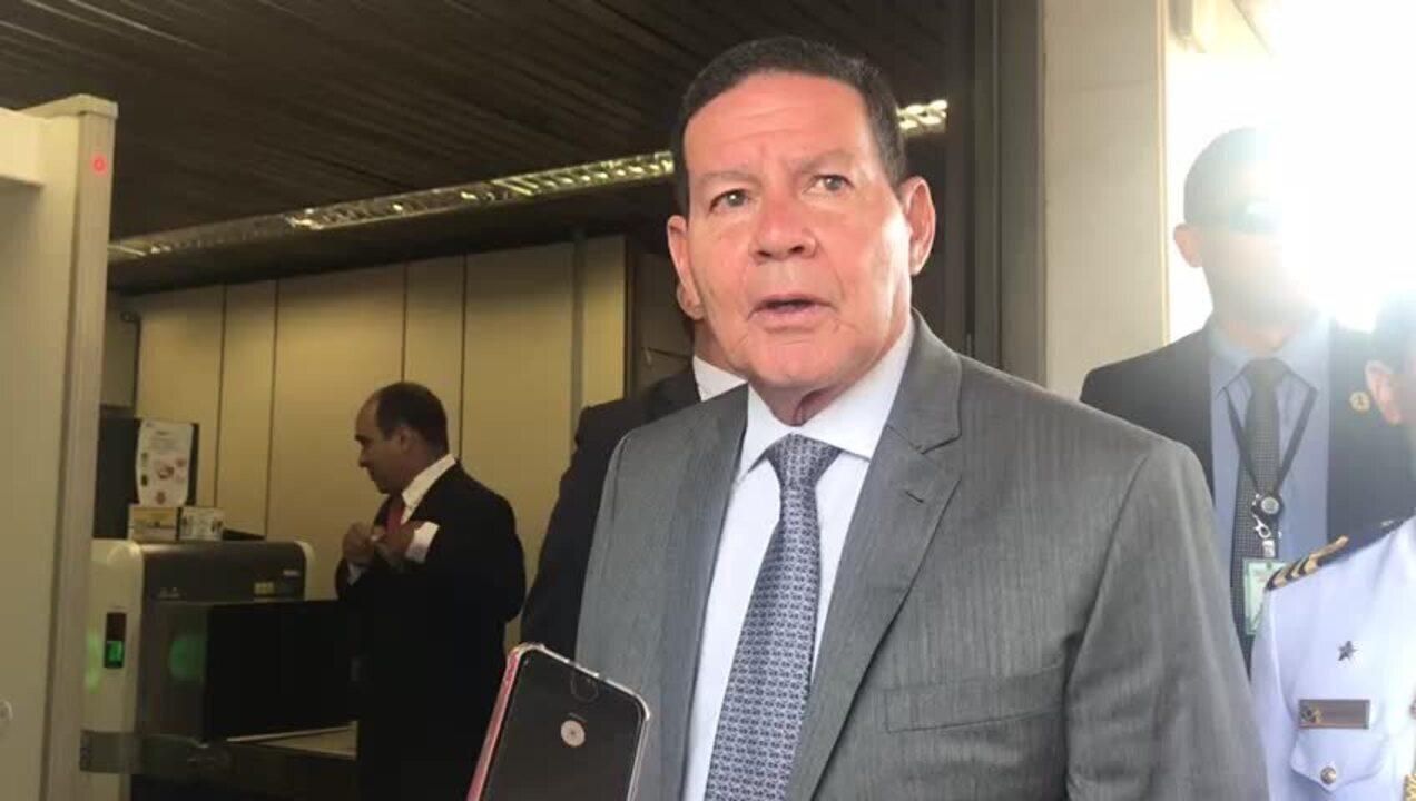 Mourão diz que Onyx fez bom trabalho na eleição para presidência do Senado