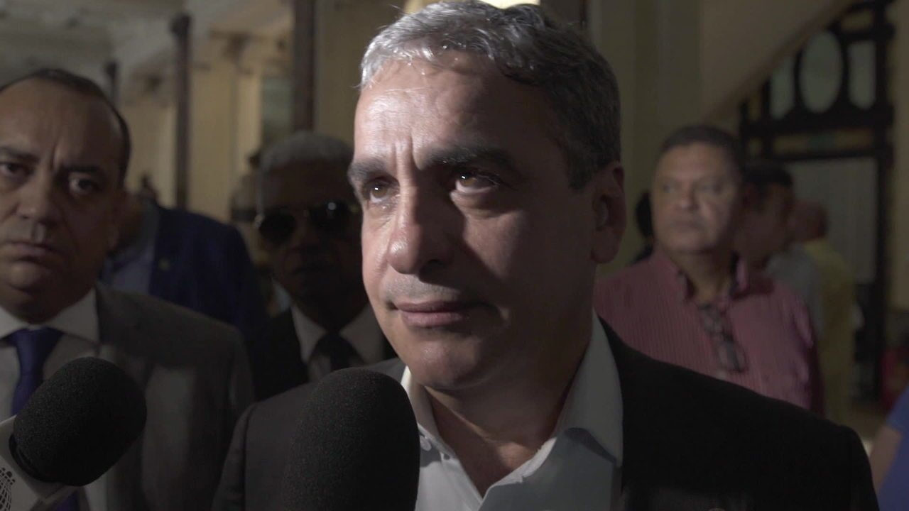 Deputados réus na Alerj se defendem de acusações