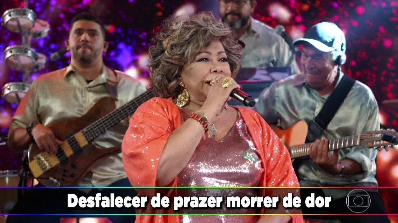 Alcione canta 'Gostoso Veneno'