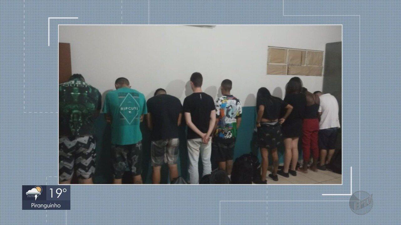 Doze pessoas são detidas com drogas em van que saiu de Passos para ir à festa rave