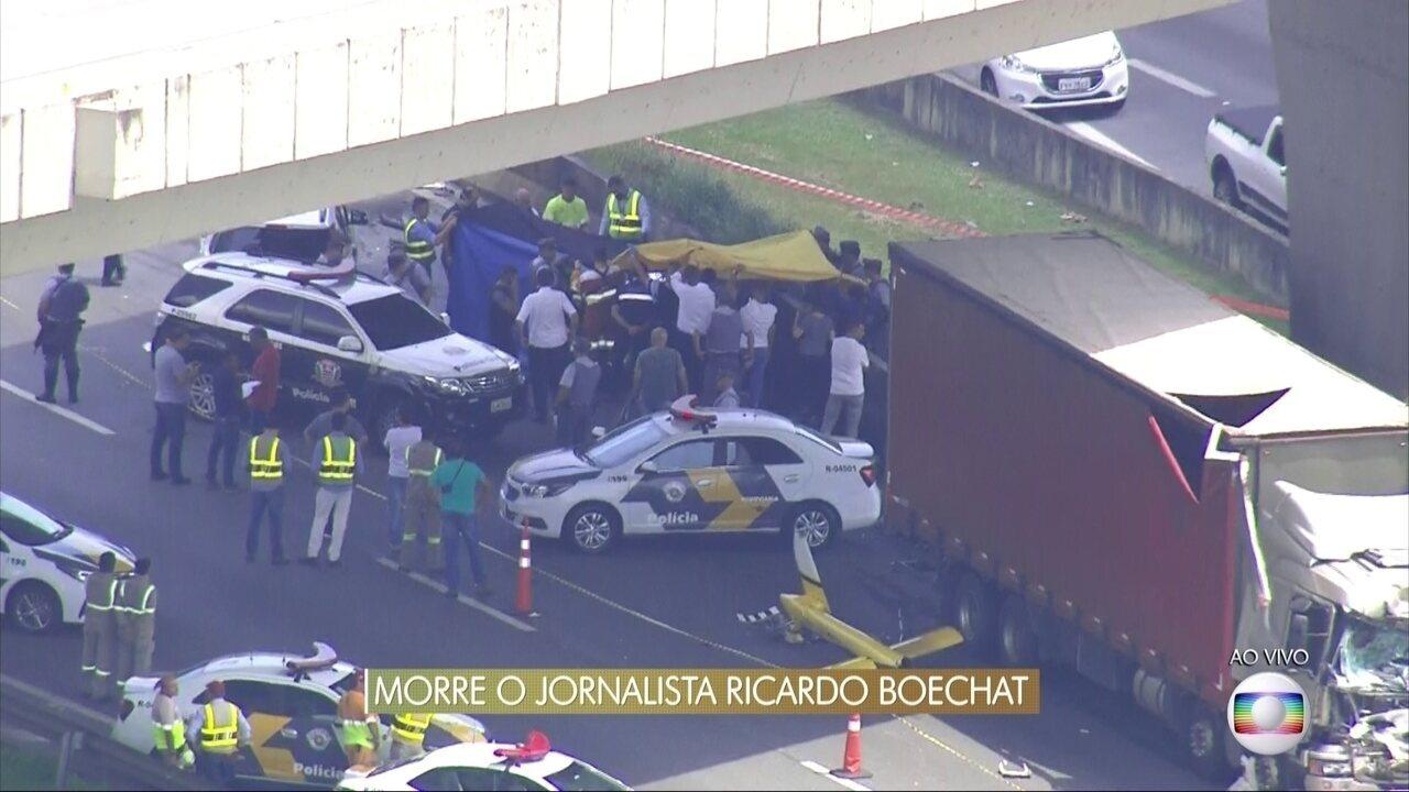 Investigadores chegam ao local do acidente em que caiu o helicóptero de Ricardo Boechat