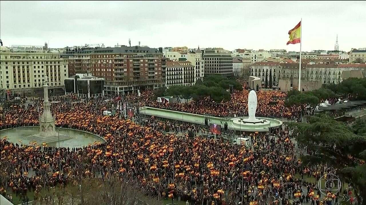 Começa julgamento de líderes do movimento para tentar separar a Catalunha da Espanha