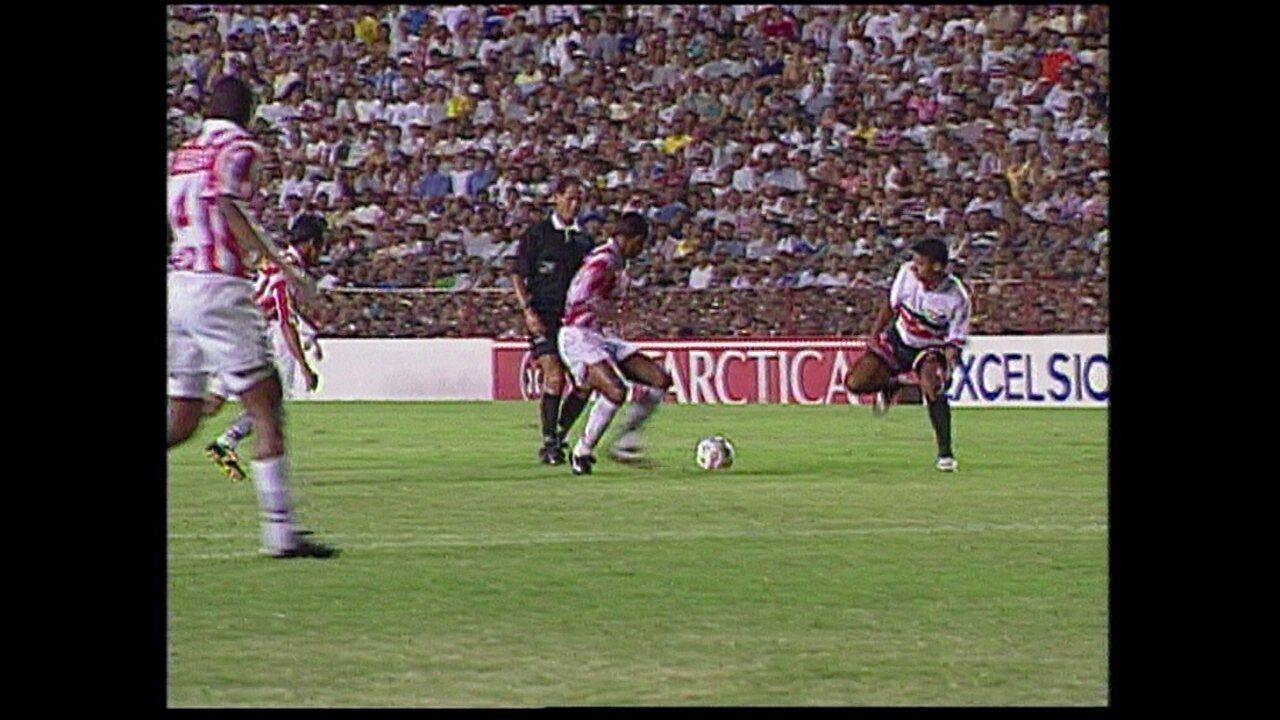 Em 1999, Clássico das Emoções decidiu uma vaga na Copa do Brasil