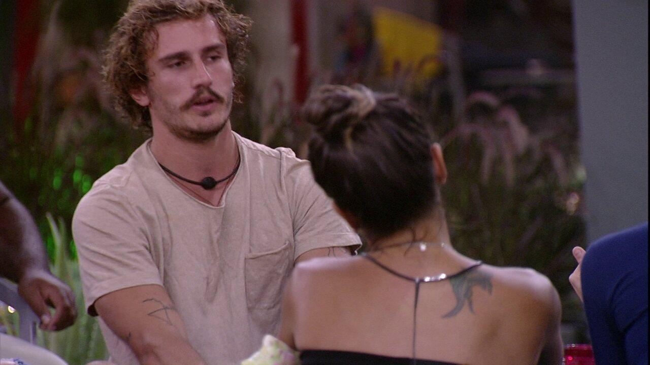 Alan questiona e Isabella nega combinação de votos em Rízia