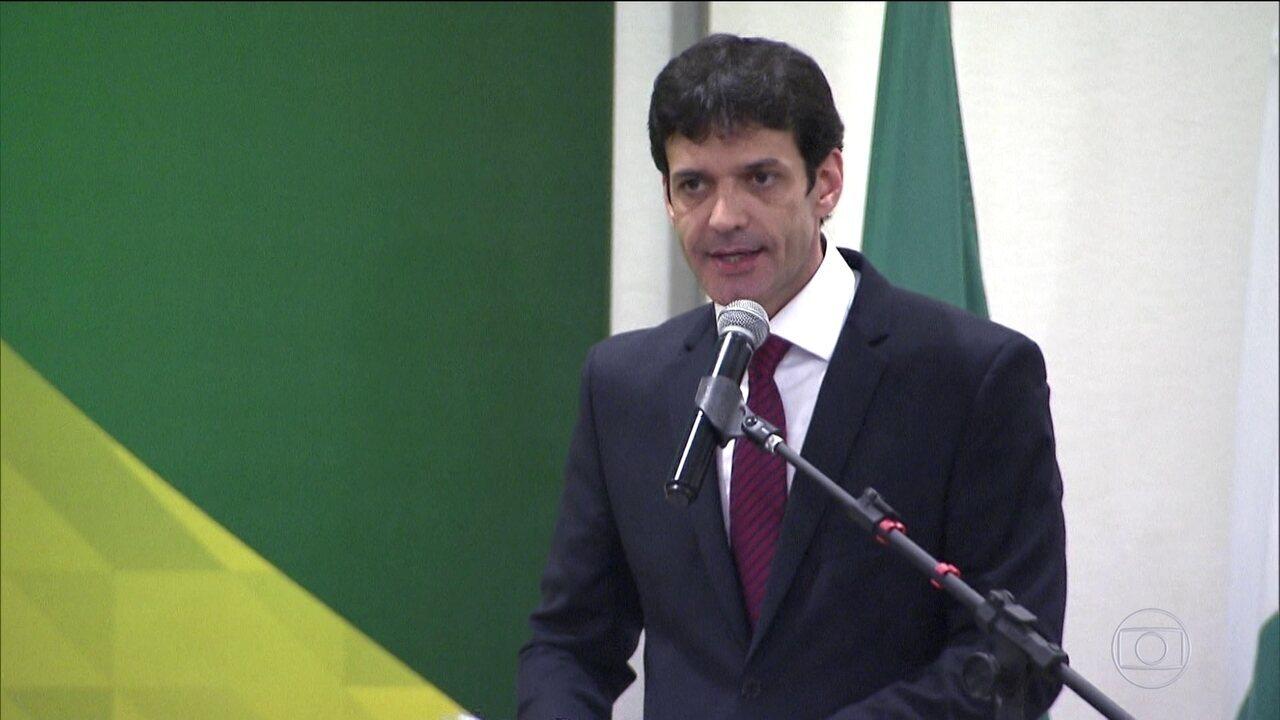Ex-candidata a deputada em MG diz que ministro do Turismo sabia de laranjas do PSL