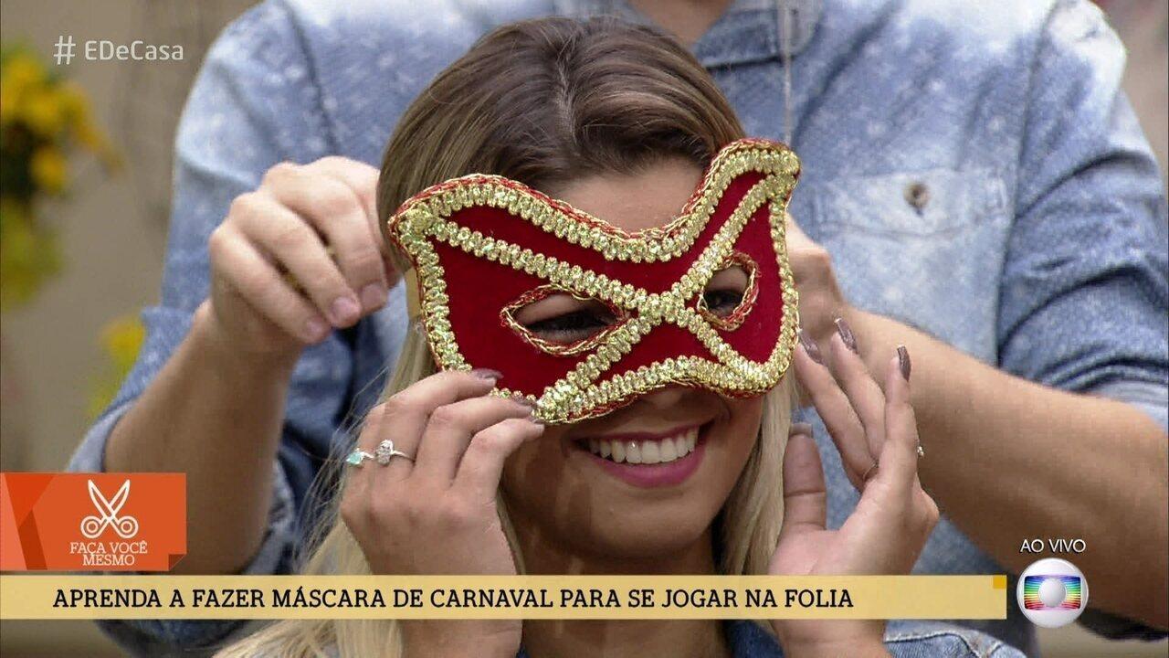 Aprenda a fazer máscara de carnaval para se jogar na folia