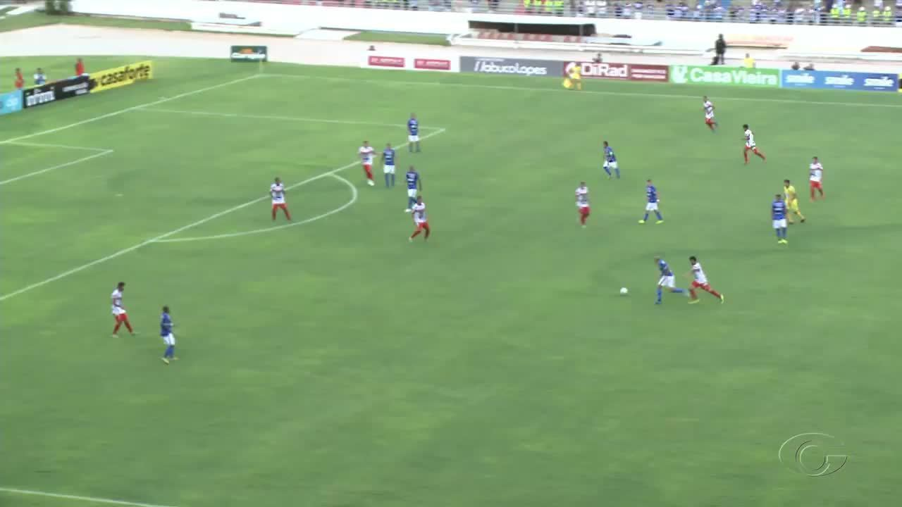 Apodi dá assistência para Patrick Fabiano