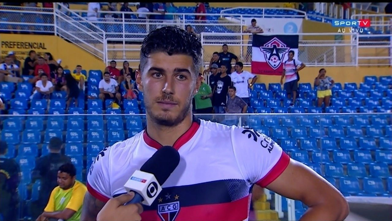 aa3fea00afb74 Pedro Raul marca duas vezes e comemora classificação do Dragão