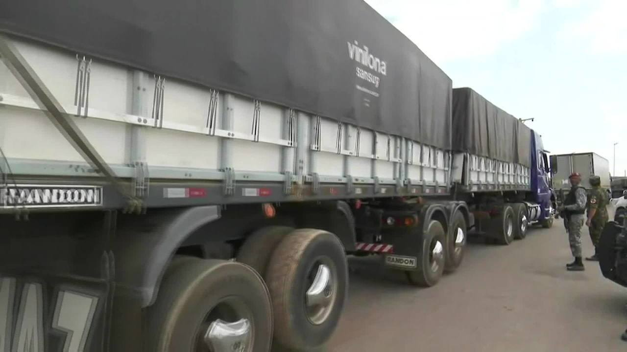 Governador de Roraima negocia para tentar reabrir fronteira