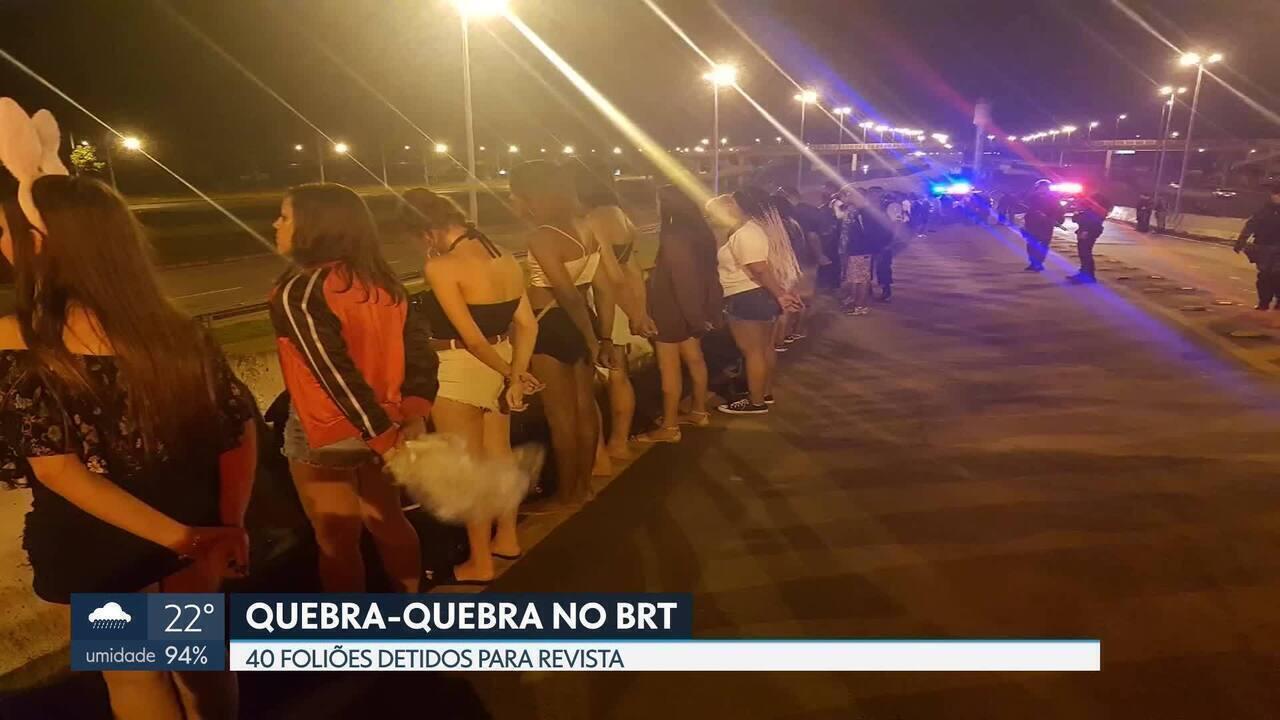 40 foliões são detidos por quebra-quebra em ônibus do BRT