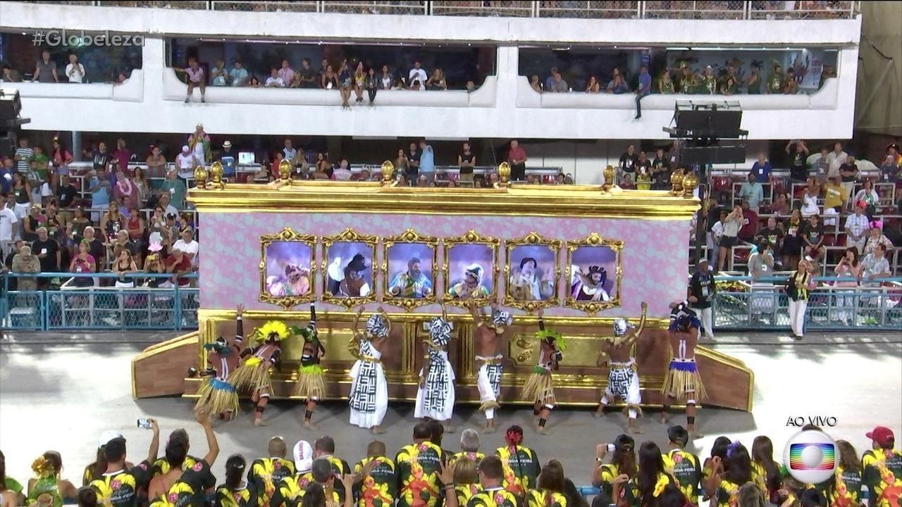 Comissão de frente da Mangueira questiona ícones históricos do Brasil