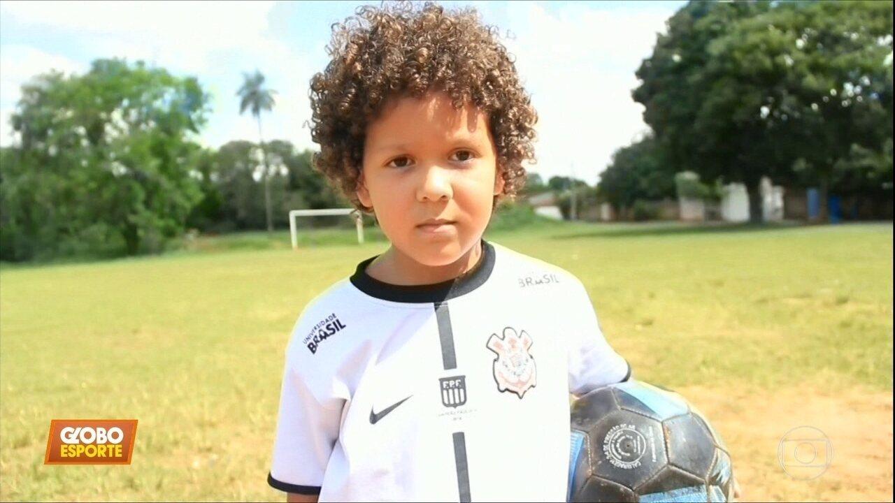 Conheça Emersom Sheik de Oliveira dos Santos, de 5 anos, torcedor do Corinthians