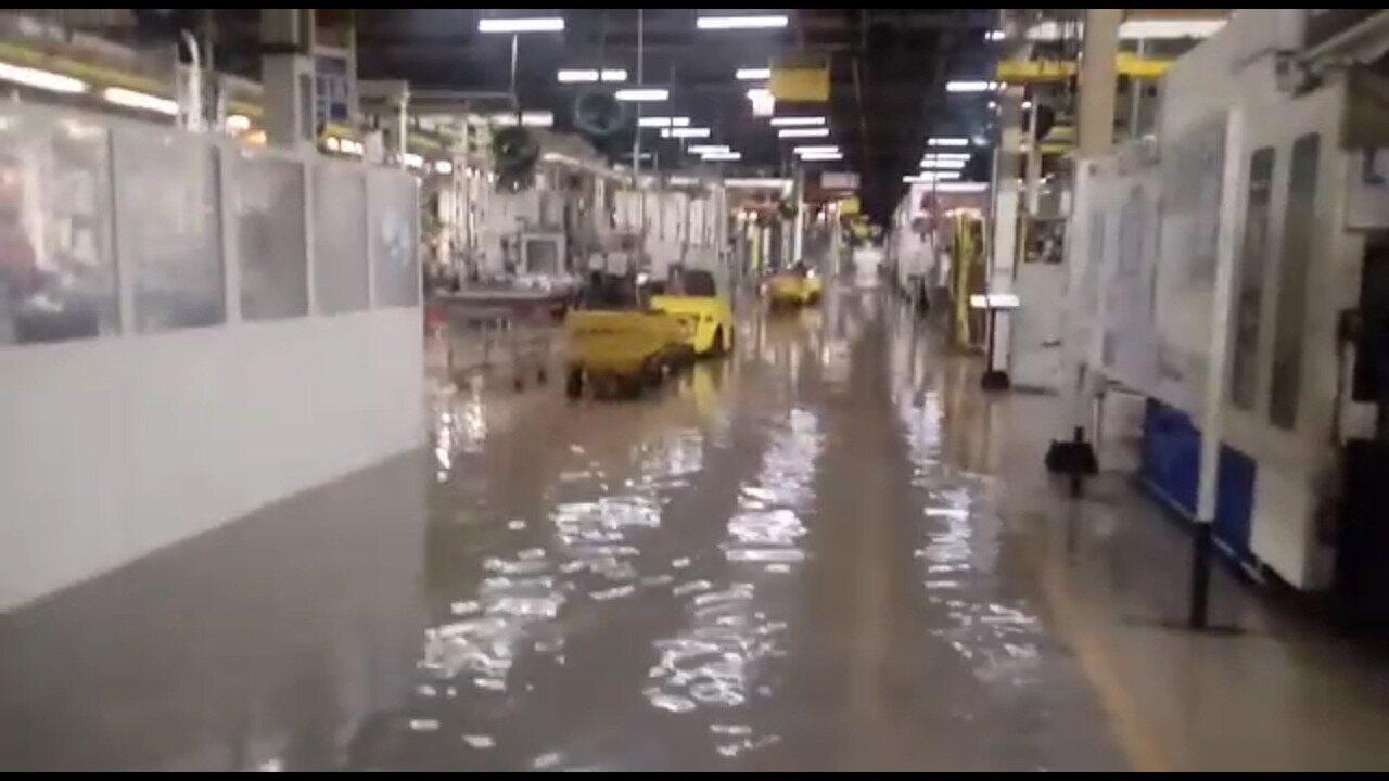 Alagamento para fábrica da Mercedes-Benz no ABC paulista