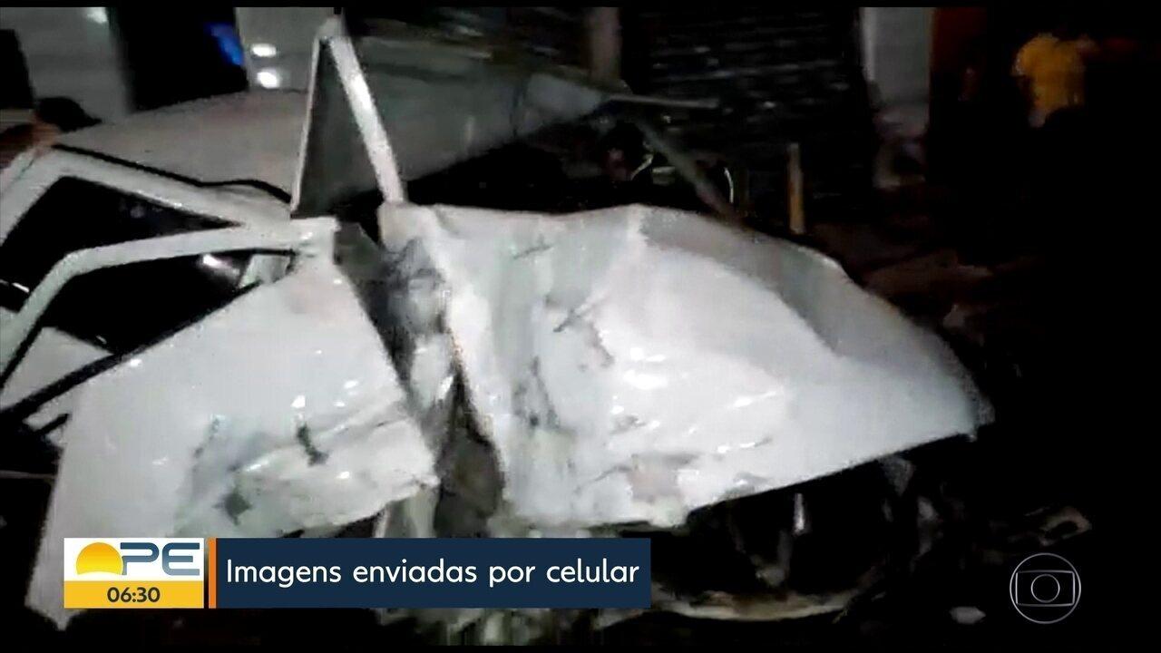 Mororista perde controle da direção e carro fica detruído em Olinda