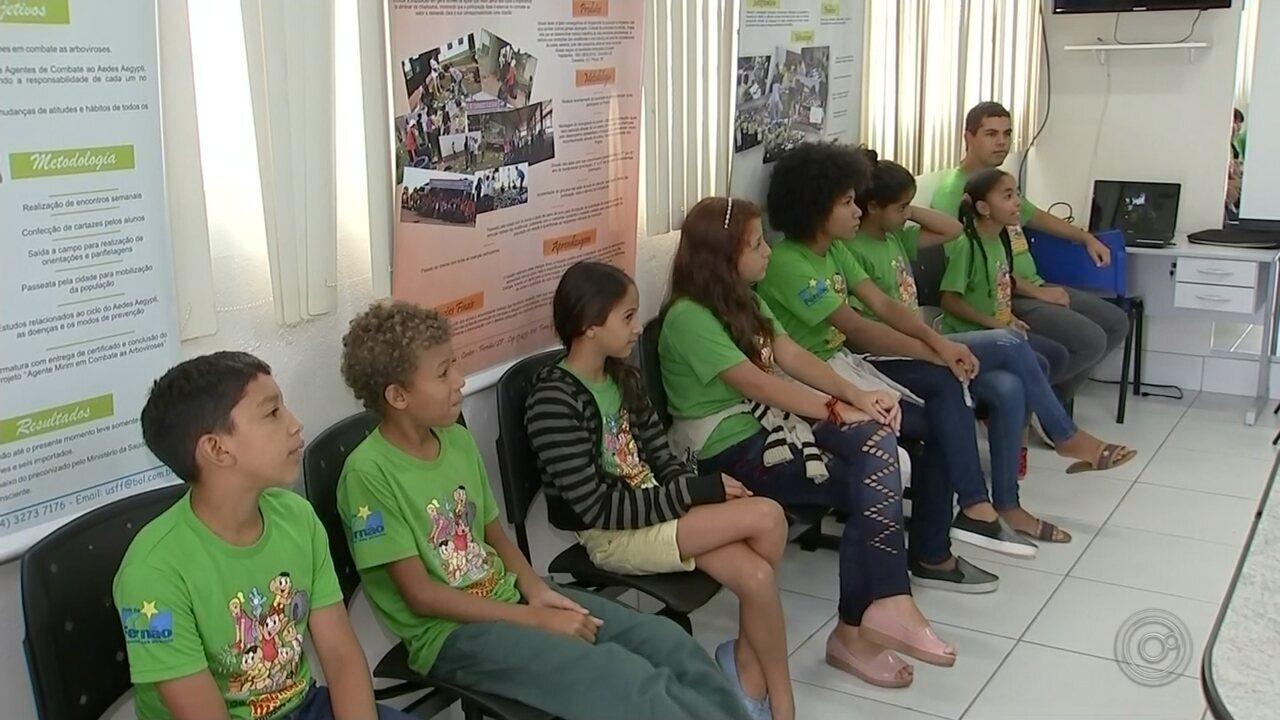 Agentes mirins de Fernão ajudam no combate ao mosquito da dengue