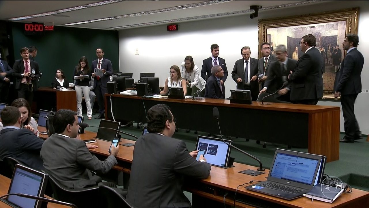 Câmara dos Deputados instala CCJ