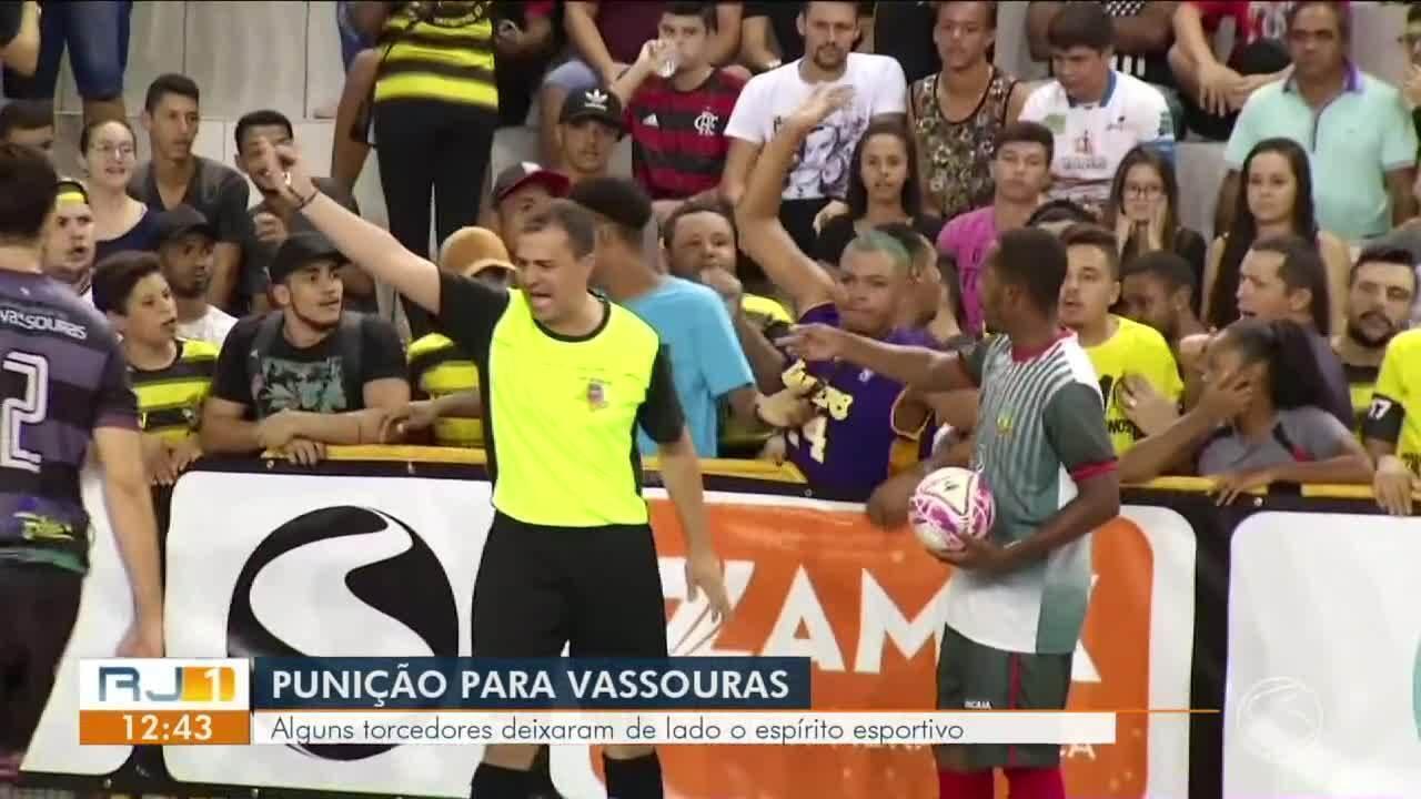 Vassouras é punida por mau comportamento da torcida em jogo contra Sapucaia