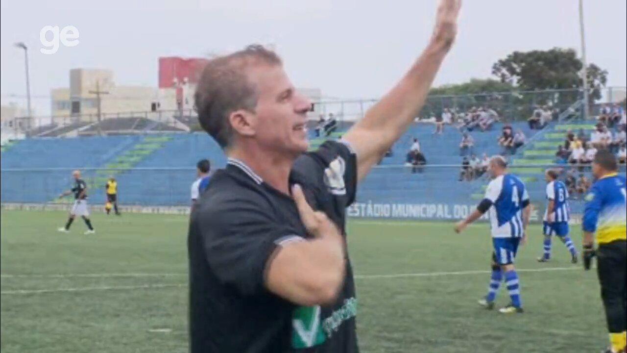 Túlio Maravilha faz gol pelo Botafogo de São José dos Pinhais, pelo amador paranaense