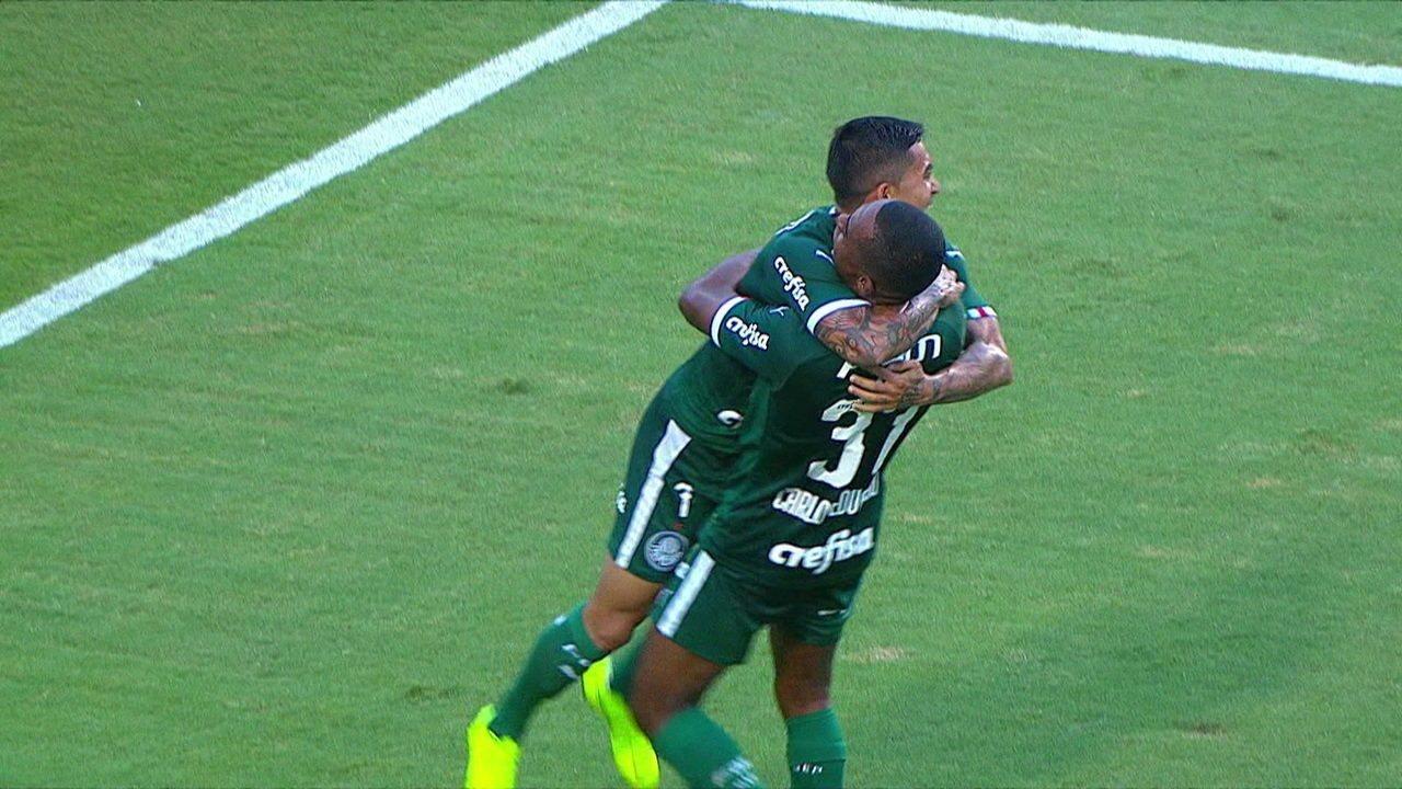 Gol do Palmeiras! Carlos Eduardo solta a bomba, e abre o placar, aos 34' do 2º tempo