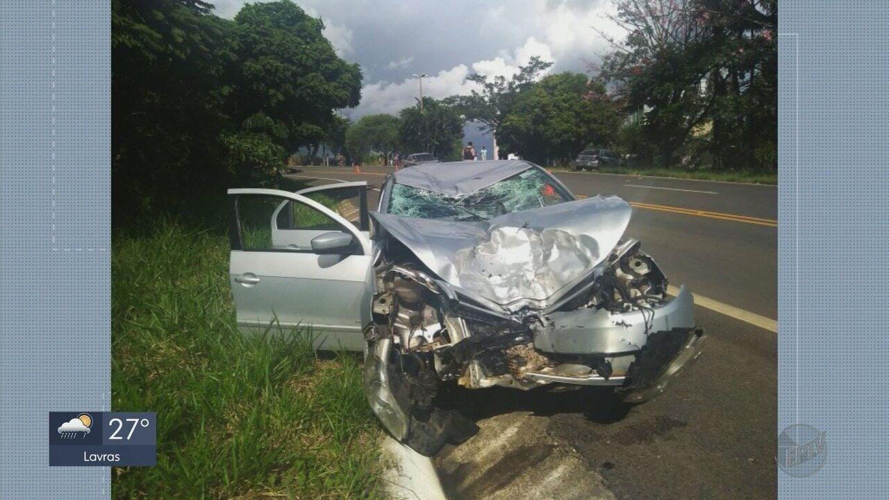 Pelo menos 10 pessoas morrem em acidentes no Sul de Minas durante o fim de semana