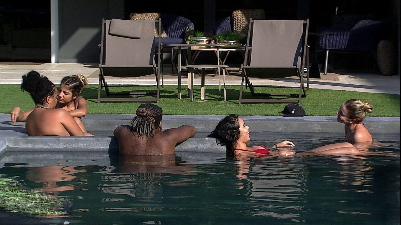 Hariany aconselha Paula sobre affair: 'Você não tem que aceitar muito menos do que você'