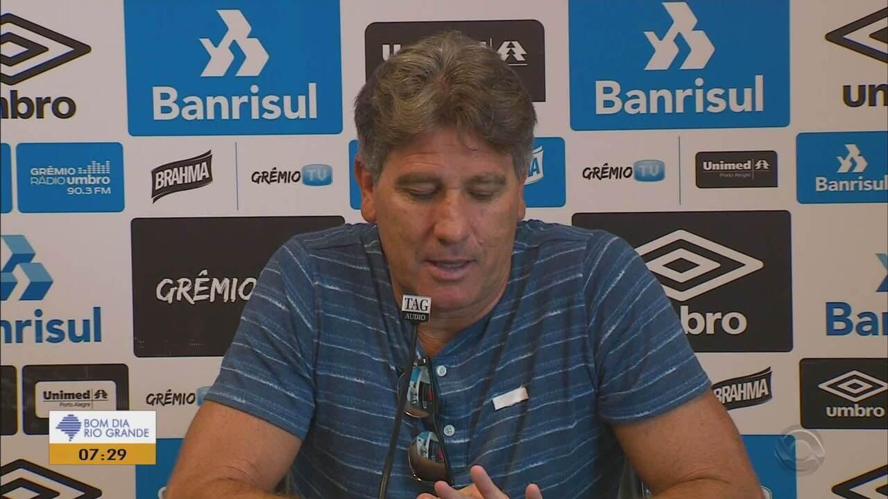 Estátua de Renato, técnico do Grêmio, é inaugurada nesta segunda-feira na Arena (25)