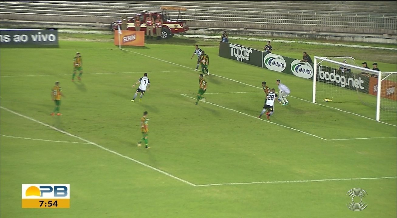 Confira como foi a vitória do Botafogo-PB sobre o Sampaio Corrêa no Almeidão