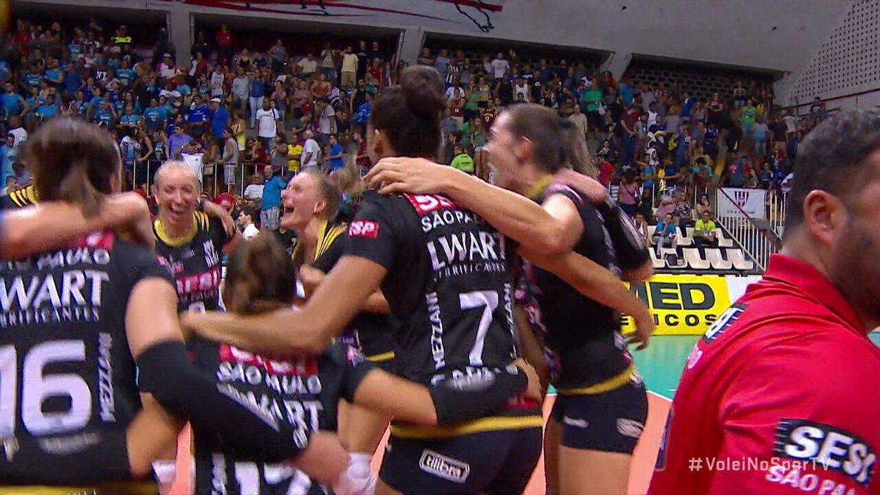 Melhores momentos: Sesc Rio 1 x 3 Sesi Bauru pelas quarta de final da Superliga Feminina de Vôlei
