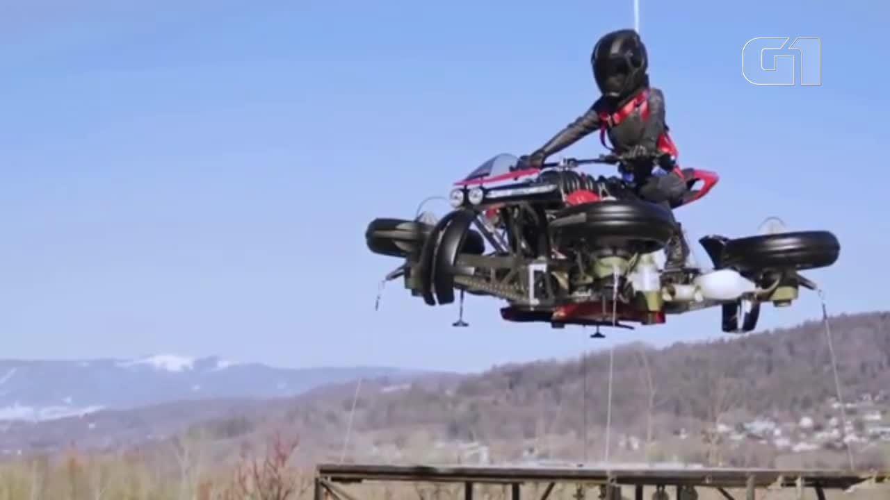 Veja moto voadora francesa em testes
