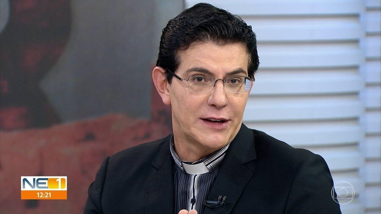 Padre Reginaldo Manzotti convida fiéis para participar do Evangelizar É Preciso, no Recife