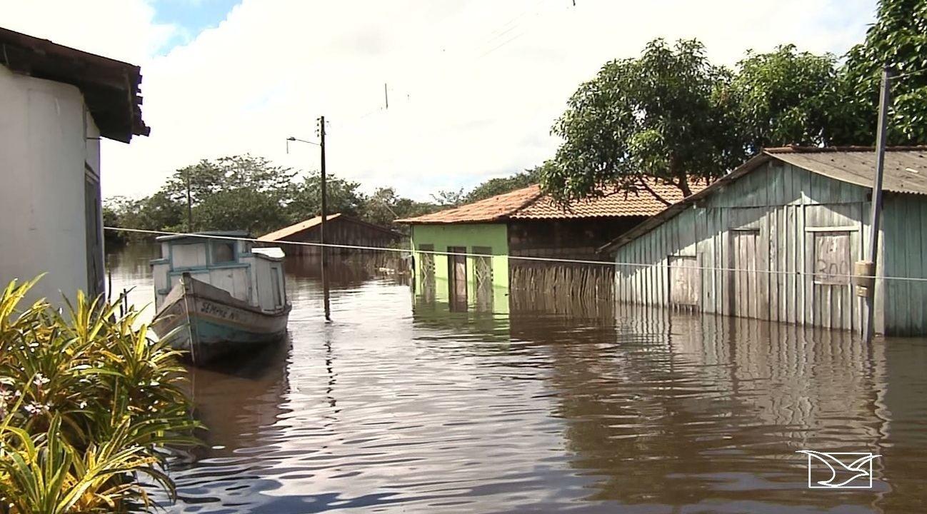 Ribeirinhos estão apreensivos com cheia do rio Gurupi no Maranhão