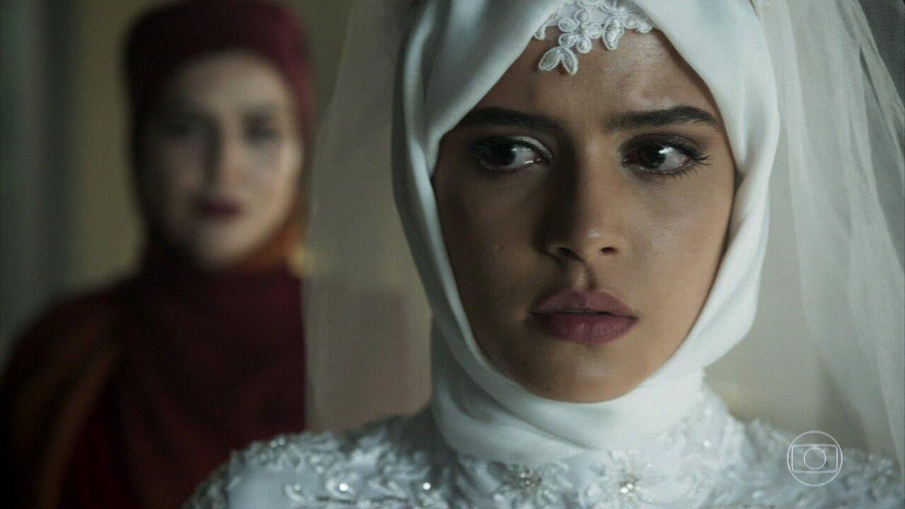 Soraia revela a Laila que Kháled está morto