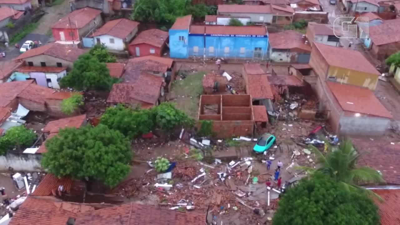 Imagens aéreas mostram destruição no Parque Rodoviário