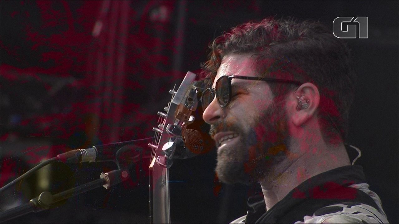 Foals toca On The Luna no Lollapalooza 2019