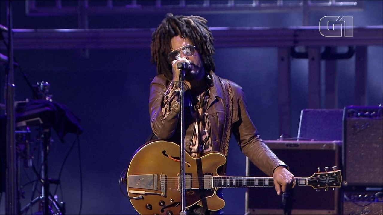 "Lenny Kravitz toca ""It Ain't Over Til It's Over"" no Lollapalooza 2019"