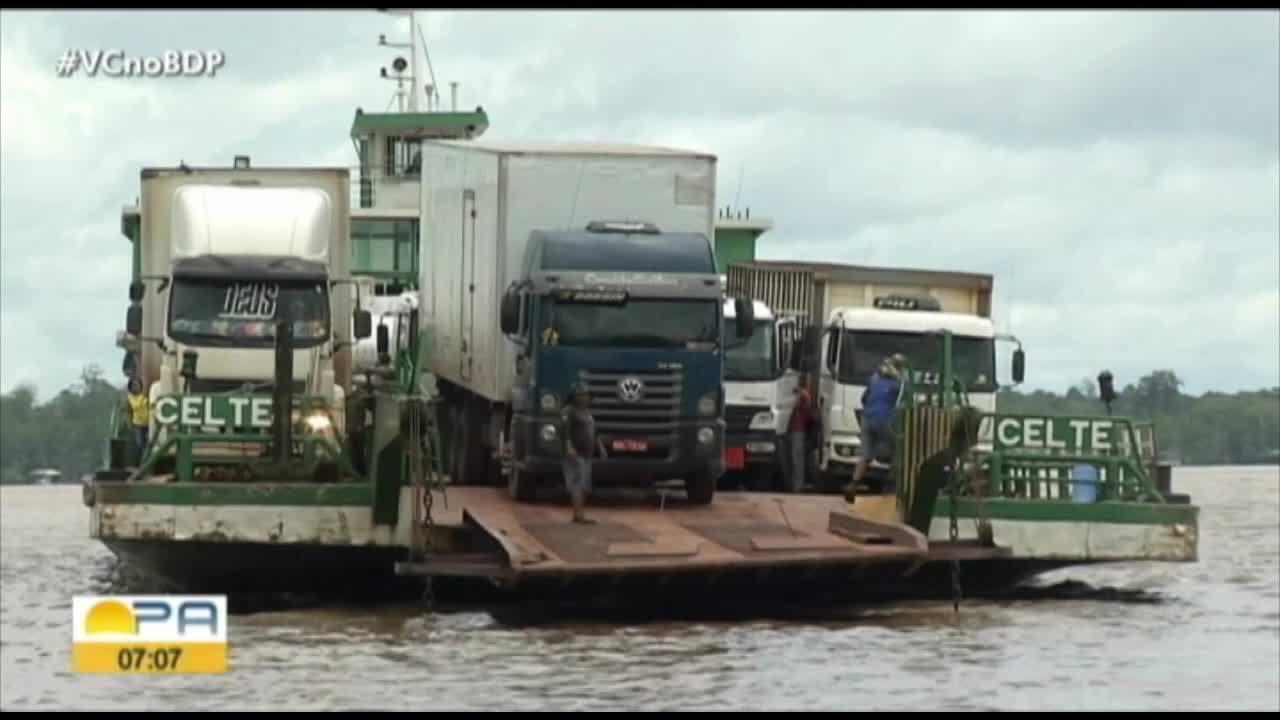 Caminhoneiros enfrentam filas quilometricas para transportar cargas
