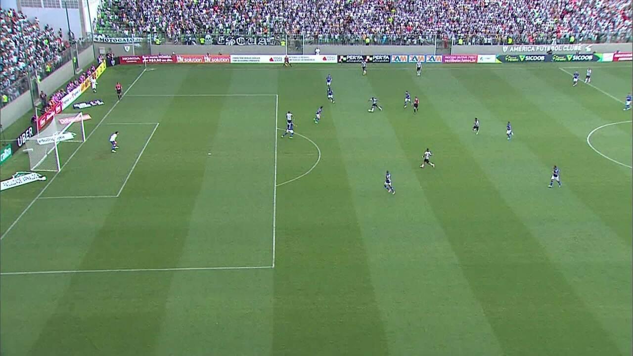 Gol mal anulado de Robinho poderia deixar a sitação do Galo mais tranquila na final de 2017