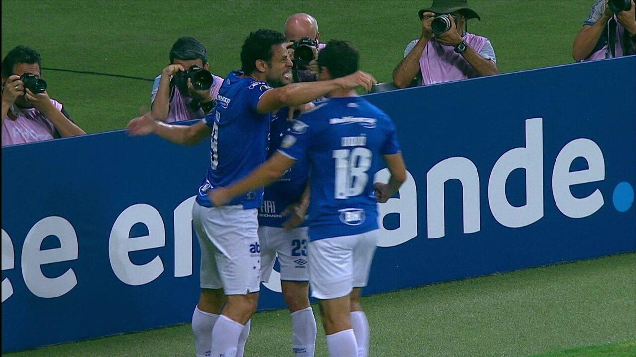 Melhores momentos de Cruzeiro 4 x 0 Huracán pela Libertadores 2019