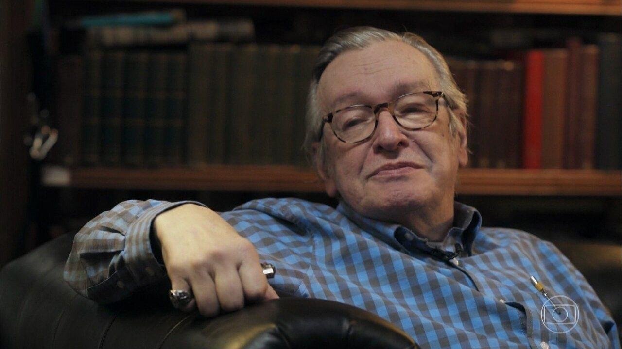 Olavo de Carvalho elogia o ministro Ernesto Araújo